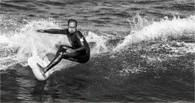 Surfing -16